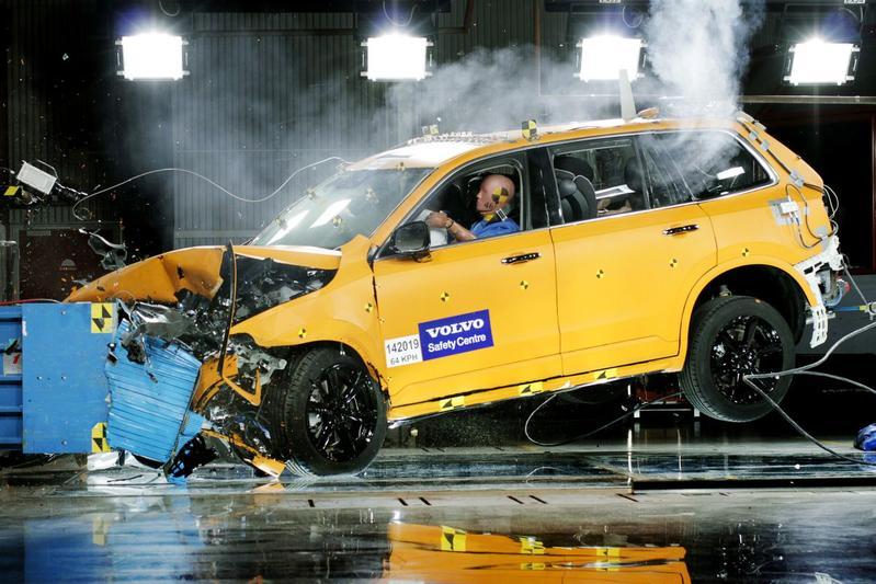 Volvo veiligheid crashtest