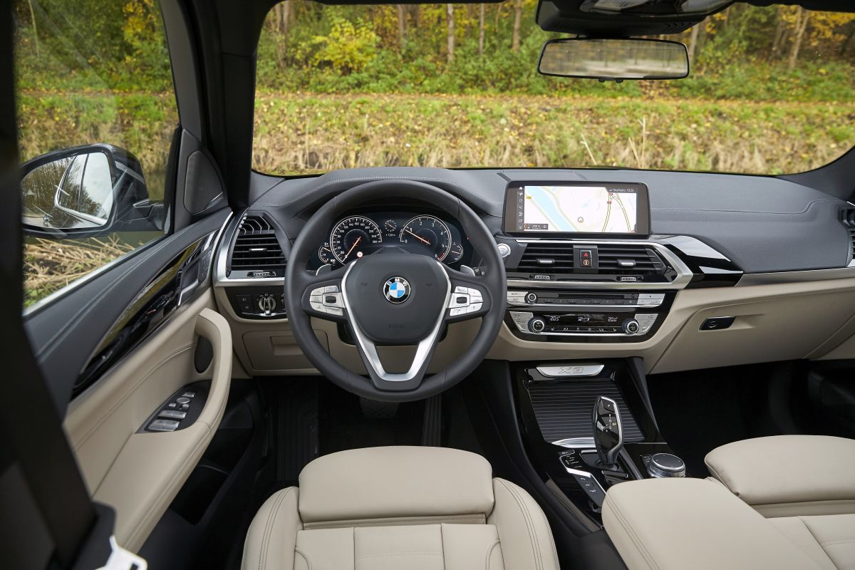 bmw x3 xdrive 20d 190 pk 2018 autotest. Black Bedroom Furniture Sets. Home Design Ideas