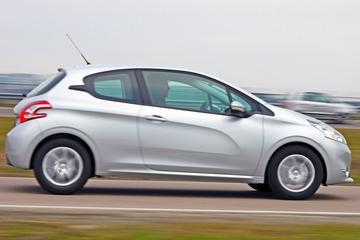 Peugeot 208 - Doorgelicht