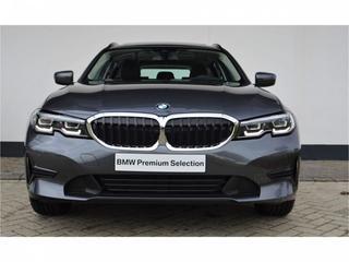 BMW 320i Touring (2020)