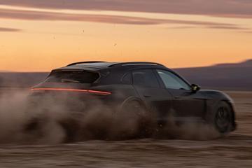Porsche Taycan Cross Turismo klaar voor onthulling