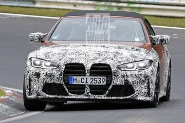 Nieuwe BMW M4 Cabrio naar buiten