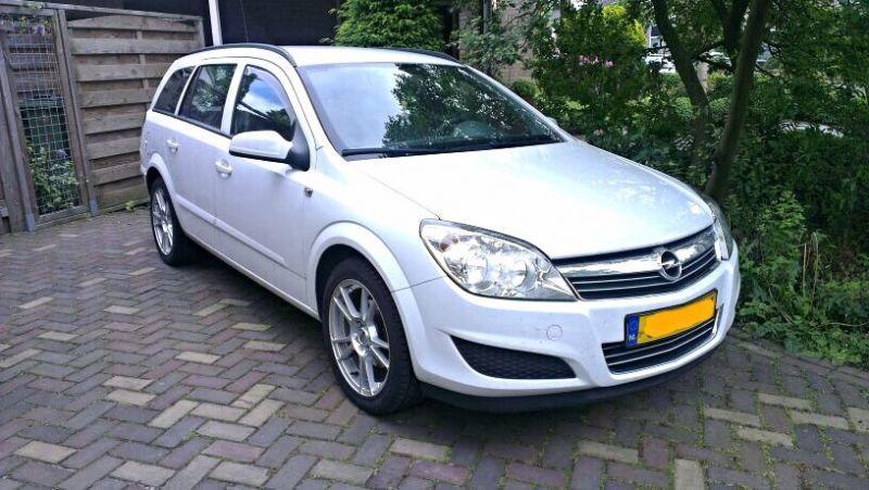 Opel Astra Stationwagon 1.7 CDTi (2007)