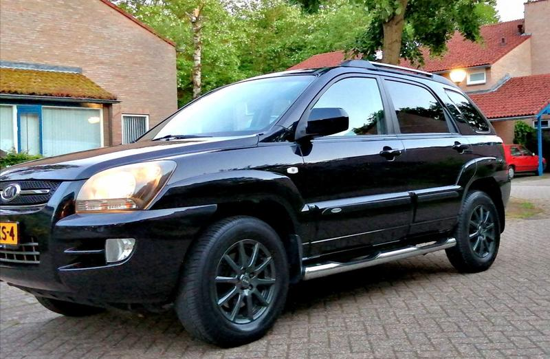 Kia Sportage 2.0 CVVT 2WD X-clusive (2008)