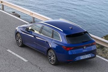 Spaanse autoverkopen in de plus