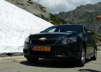 Chevrolet Cruze 1.8 LS (2010)
