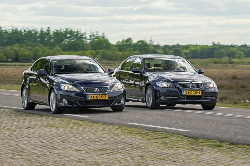 BMW 325i (2008) vs. Lexus IS 250 (2008) - Occasion Dubbeltest