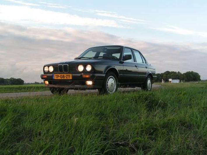BMW 316i (1988) #2