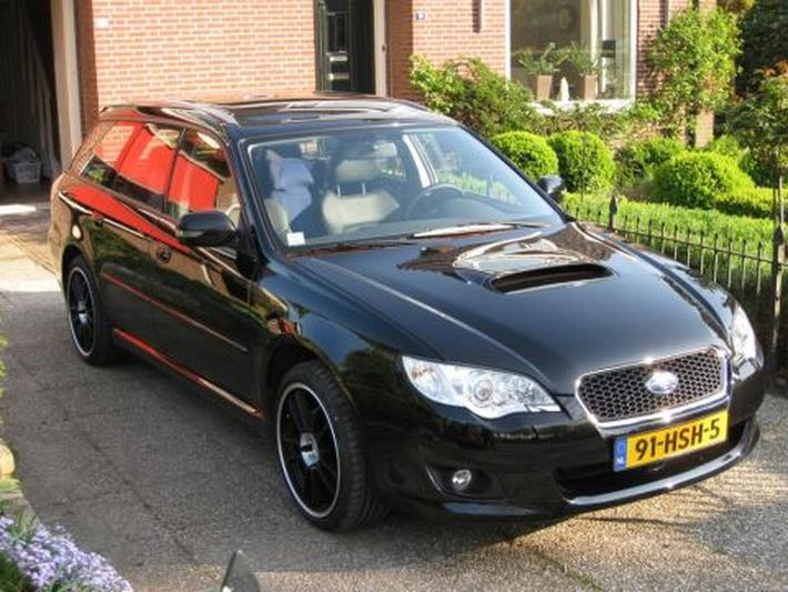 Subaru Legacy Touring Wagon 2.0D Exclusive Edition (2009)
