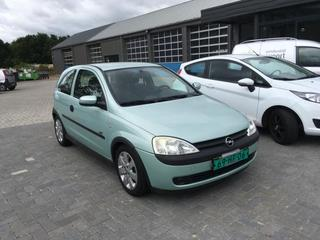 Opel Corsa 1.4-16V Sport (2001)