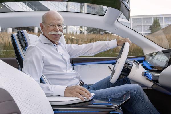 BMW zwaait Mercedes-topman Zetsche uit