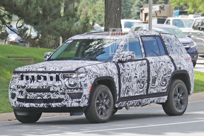 Spyshots Jeep Grand Cherokee 4xe
