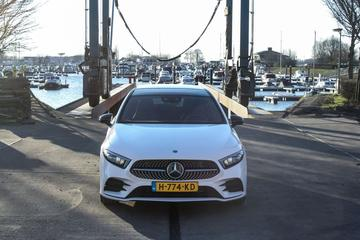 Mercedes-Benz A 180 Business Solution AMG (2020)