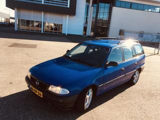 Opel Astra Stationwagon 1.4i GL (1995)