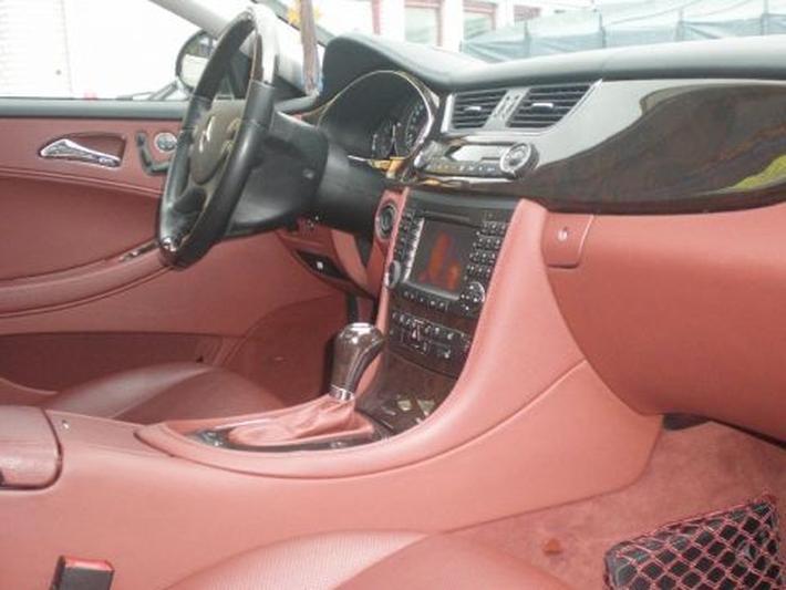 Mercedes-Benz CLS 350 (2005)