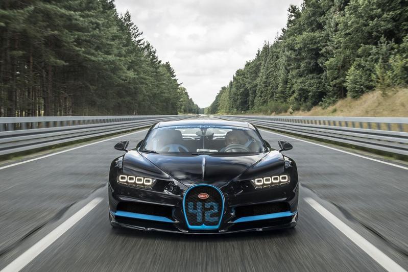 Bugatti Chiron: van 0-400-0 km/h in 42 seconden