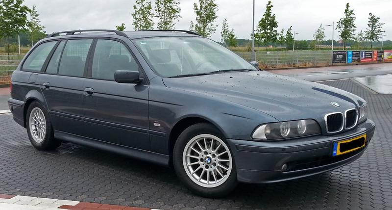 BMW 525i touring Executive (2002)