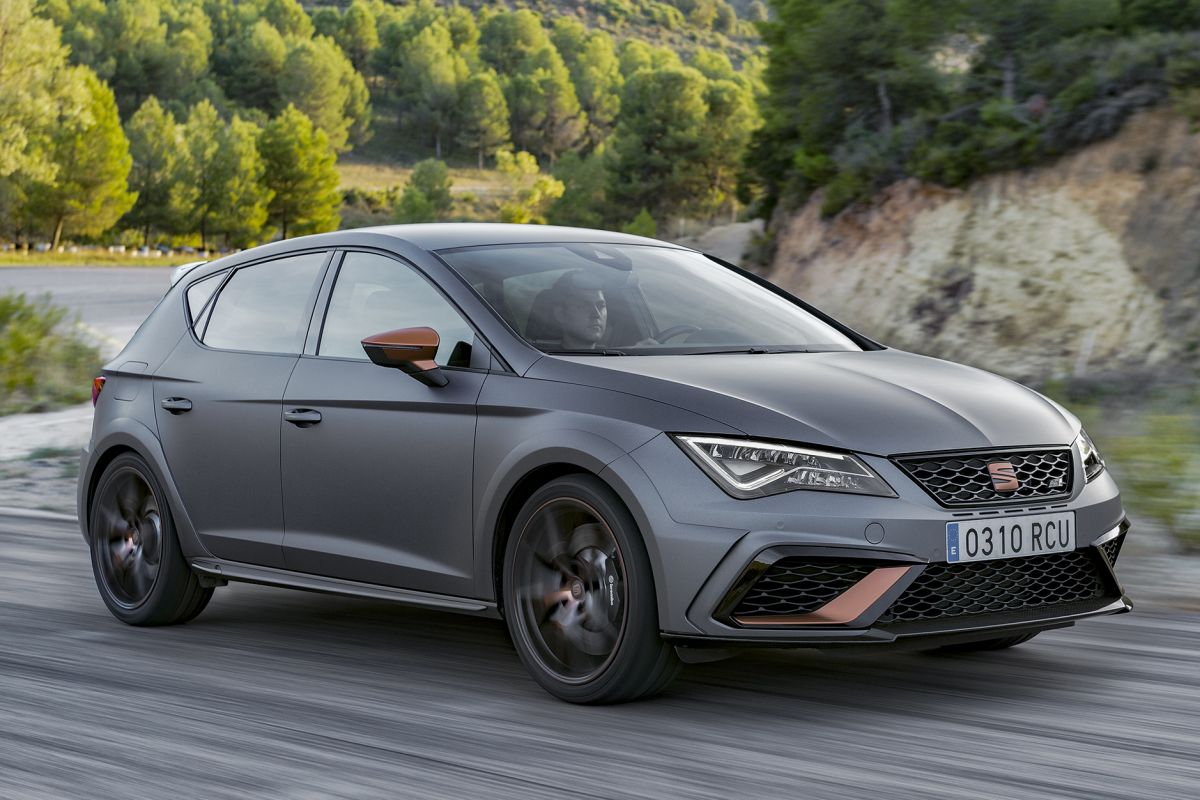 seat leon cupra r eerste rijtest. Black Bedroom Furniture Sets. Home Design Ideas