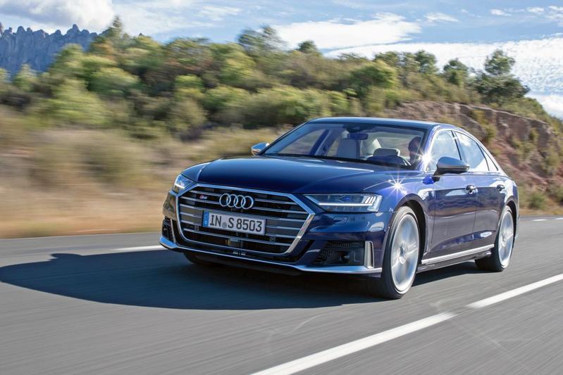Audi S8 - Eerste Rijtest