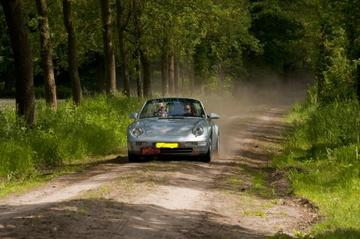 Porsche 911 Carrera Cabriolet (1994)