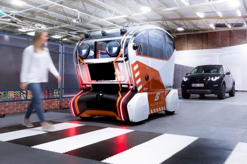 Jaguar Land Rover geeft 'pods' ogen