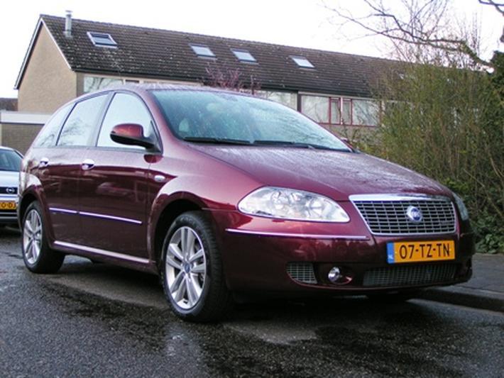 Fiat Croma 1.9 Multijet 16v 150 Corporate Premium (2007)