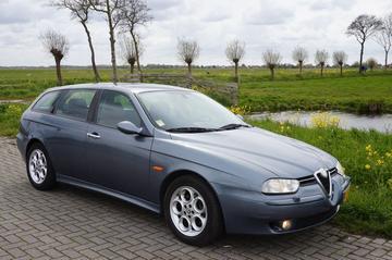 Alfa Romeo 156 Sportwagon 2.5 V6 24V Distinctive (2002)