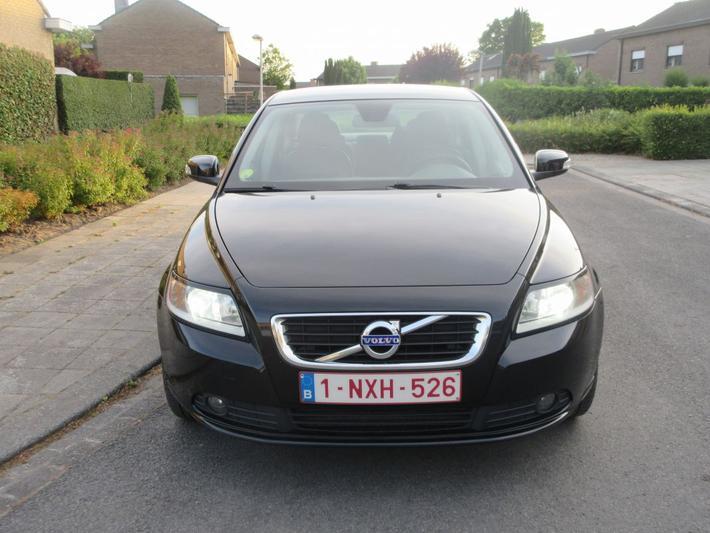 Volvo S40 1.6D DRIVe Momentum (2009)