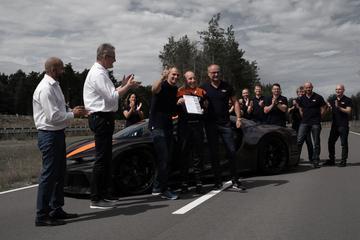 Bugatti zet snelheidsrecord voor productie-auto's