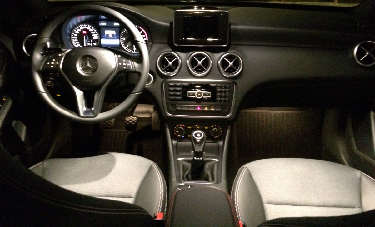 mercedes benz a 180 cdi lease edition 2015. Black Bedroom Furniture Sets. Home Design Ideas