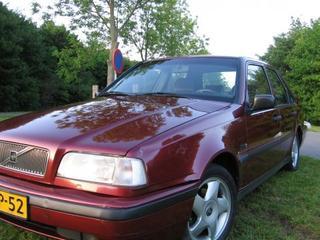 Volvo 460 1.8i (1996)