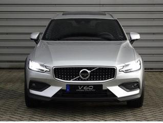 Volvo V60 Cross Country D4 AWD Intro Edition (2019)