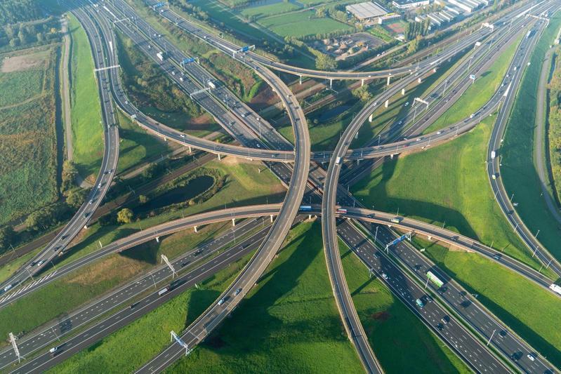 Kruispunt snelweg file spits A-weg
