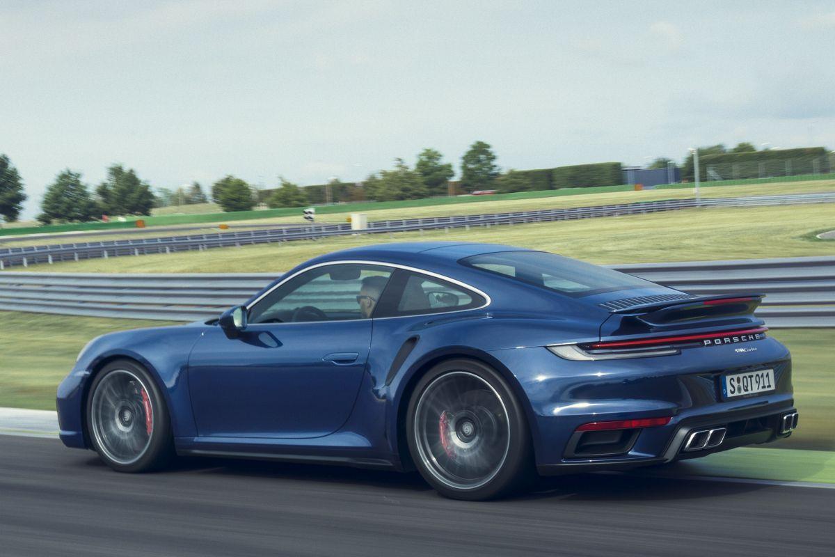 2018 - [Porsche] 911 - Page 20 Uxdy50gbat3j