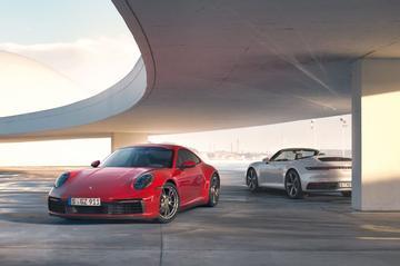 Porsche 911 Carrera 4 gepresenteerd