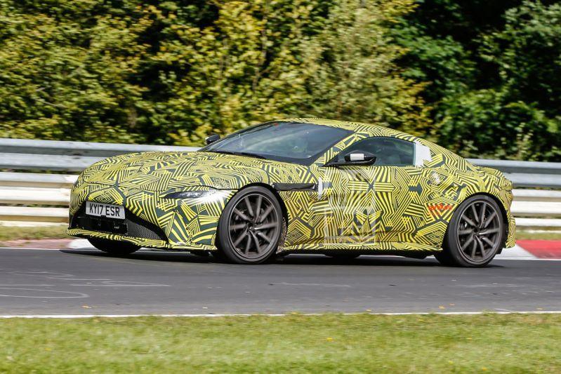 Aston Martin Vantage - Spionage