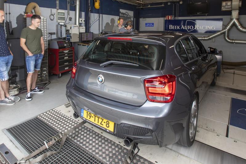 BMW 116i - Op de Rollenbank