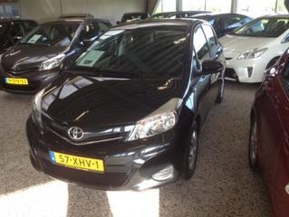 Toyota Yaris 1.0 VVT-i Aspiration (2012)