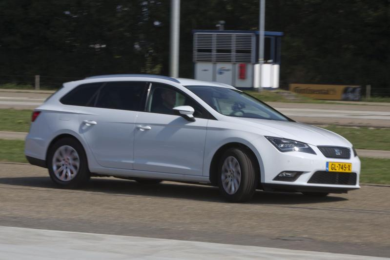 Seat Leon ST 1.0 Eco-TSI Style Connect (2015)