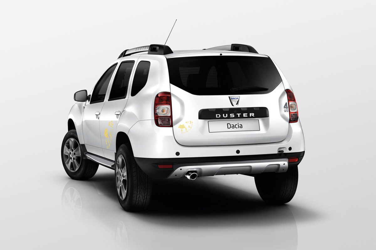 dacia duster in hogere sferen autonieuws. Black Bedroom Furniture Sets. Home Design Ideas
