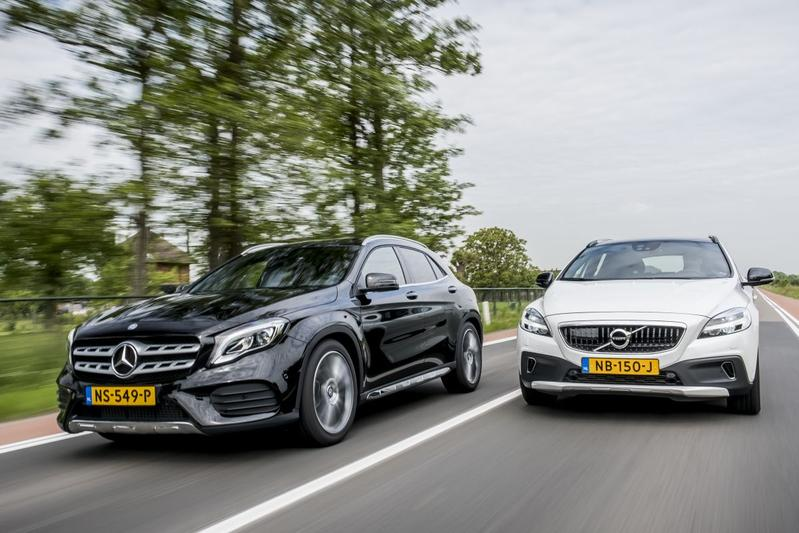 Mercedes-Benz GLA - Volvo V40 Cross Country