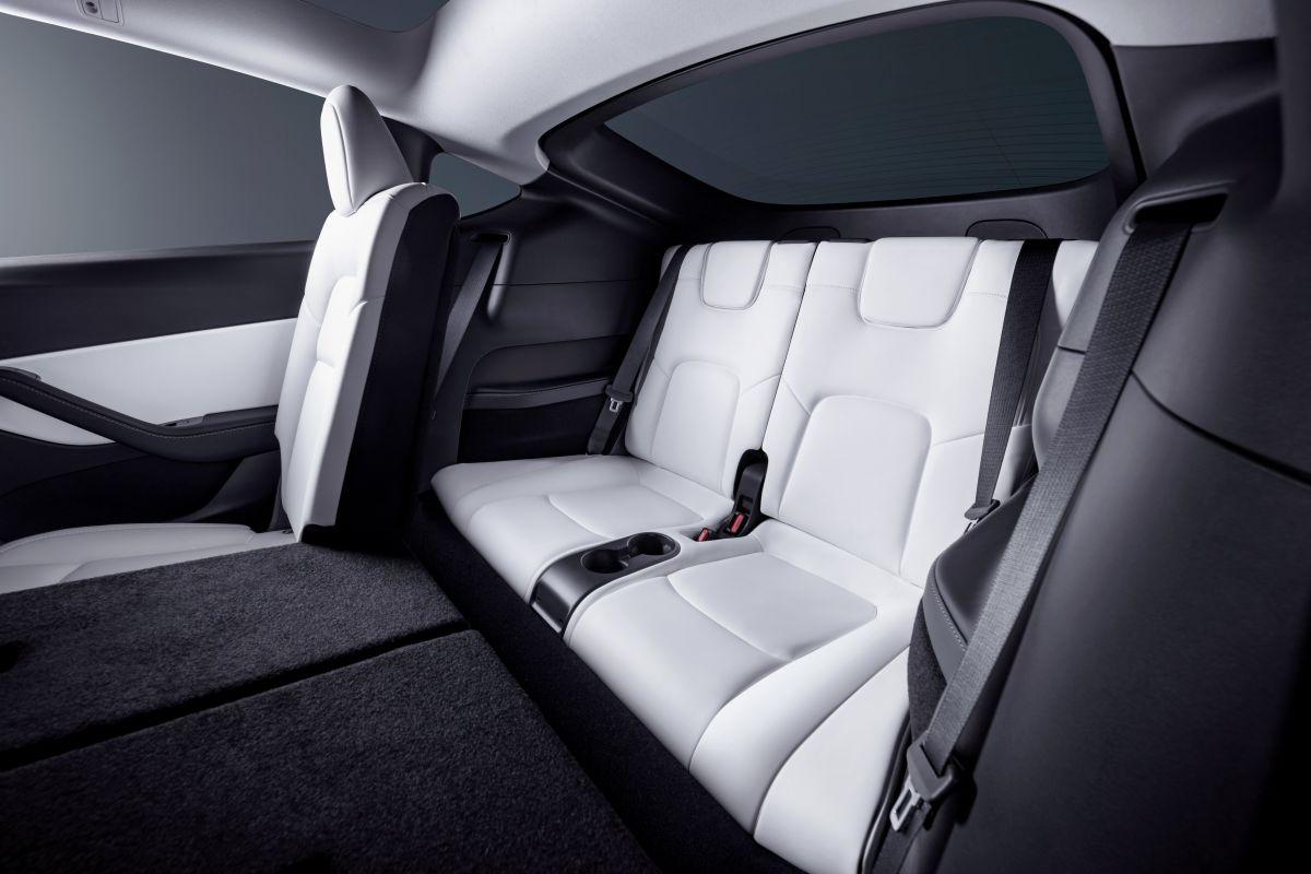 Tesla Model Y 7 zitplaatsen