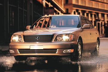 Facelift Friday: Lexus LS400