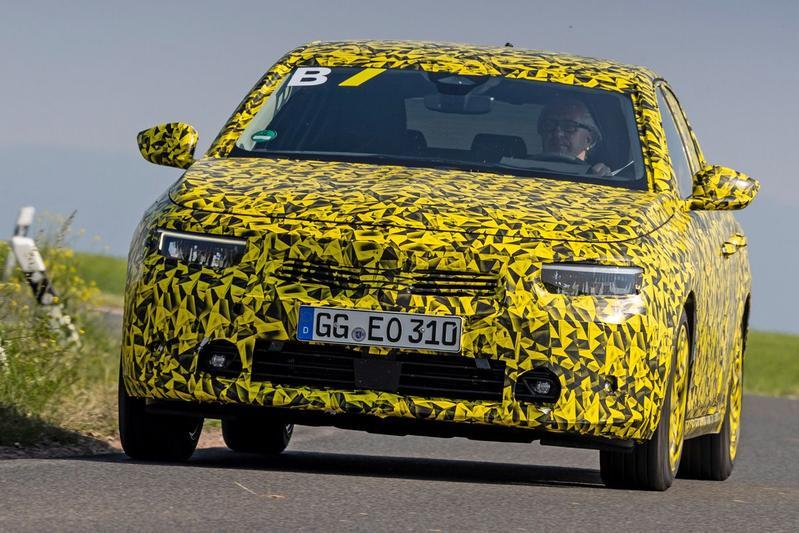 Opel Astra media drive