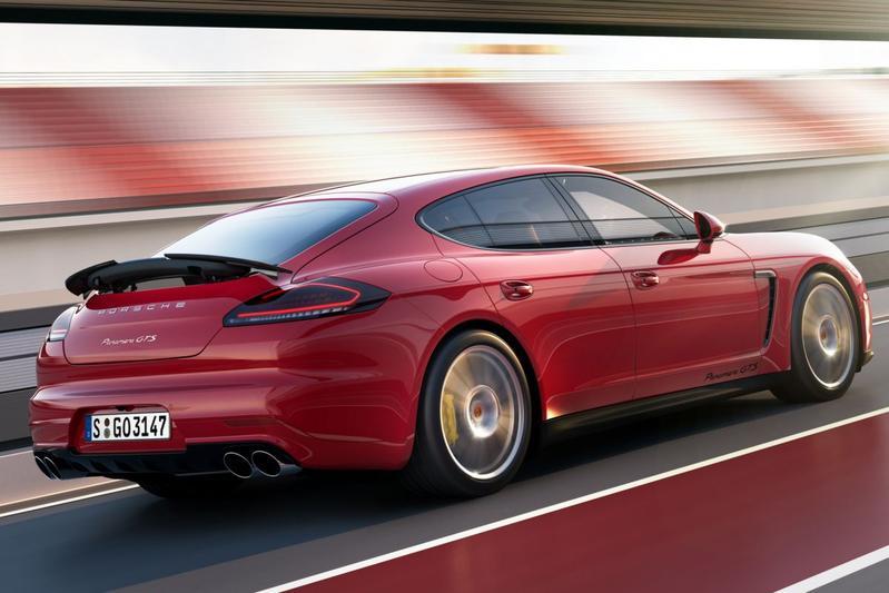 Facelift Friday: Porsche Panamera