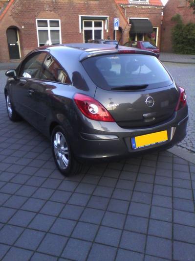 Opel Corsa 1.4-16V Cosmo (2011)