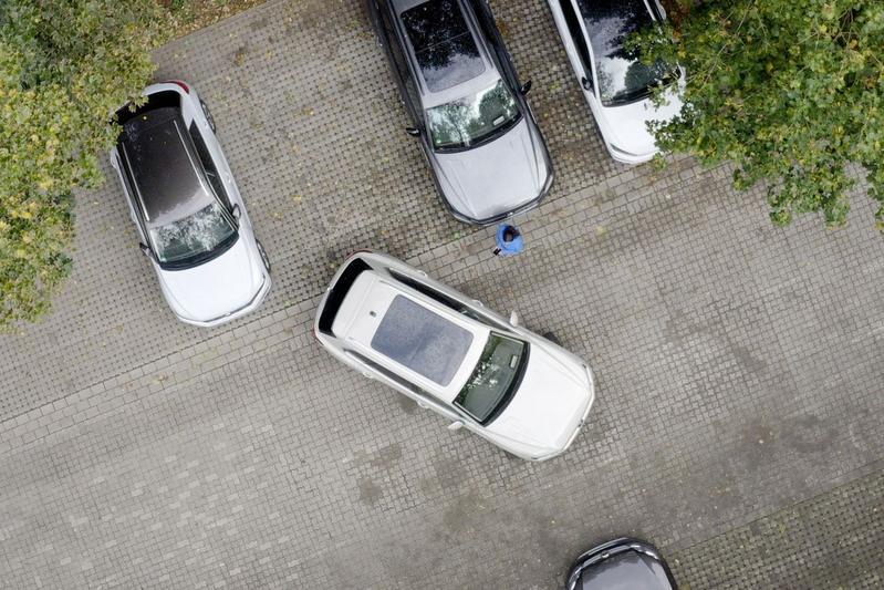 Volkswagen Touareg inparkeren