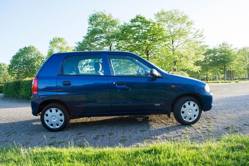 Wonderbaarlijk Suzuki Alto 1.1 GLS (2002) review - AutoWeek.nl IK-38