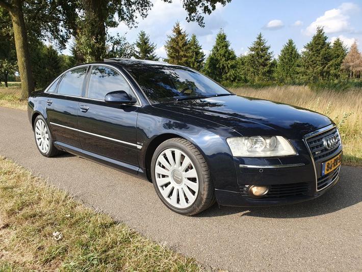 Audi A8 6.0 quattro Pro Line (2005)