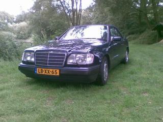 Mercedes-Benz 300 CE-24 Cabrio (1992)